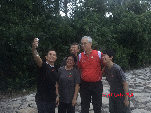 Wefie with ESM Goh Chok Tong at Semakau
