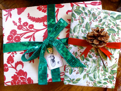 book presents wrapping ideas christmas holidays vintage ribbon