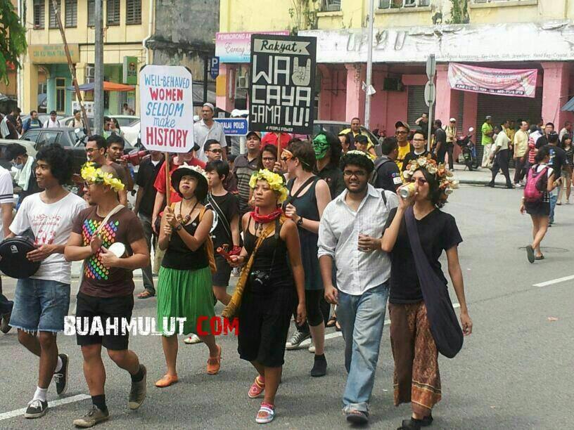 Hairi Othman & Abby Abadi himpunan Kebangkitan Rakyat