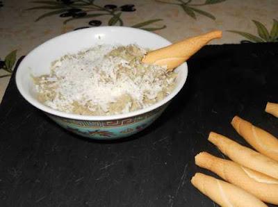 Paté de alcachofas con piquitos.
