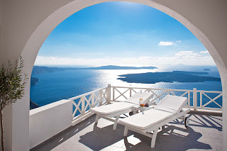 santorini luxury hotels 17