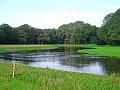 Afbeelding 1. Waterberging in het nieuwe beekdal. Bron: Beekdalherstel succesvol voor wateropgaven, natuur én boerenbedrijf