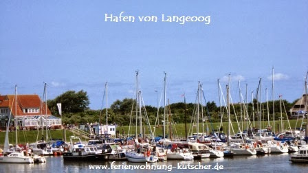 Langeooger Fährhafen mit einem Yachthafen