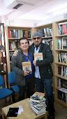 Con Jose Antonio. Librería Gamma. ECU. San Vicente, Alicante.