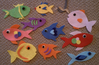 Welcome to storytime ten little fish flannel rhyme for Ten little fish