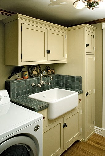 Laundry room cabinets laundry room cabinets design ideas for Cupboards for laundry room