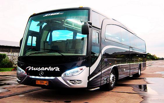 Transportasi Bus Eksekuif Penuh Keselamatan