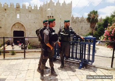 Ataque terrorista em Jerusalém, um policial israelense em coma