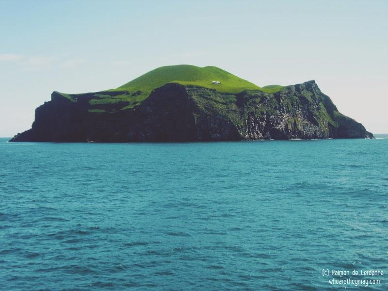 Море возле Исландии