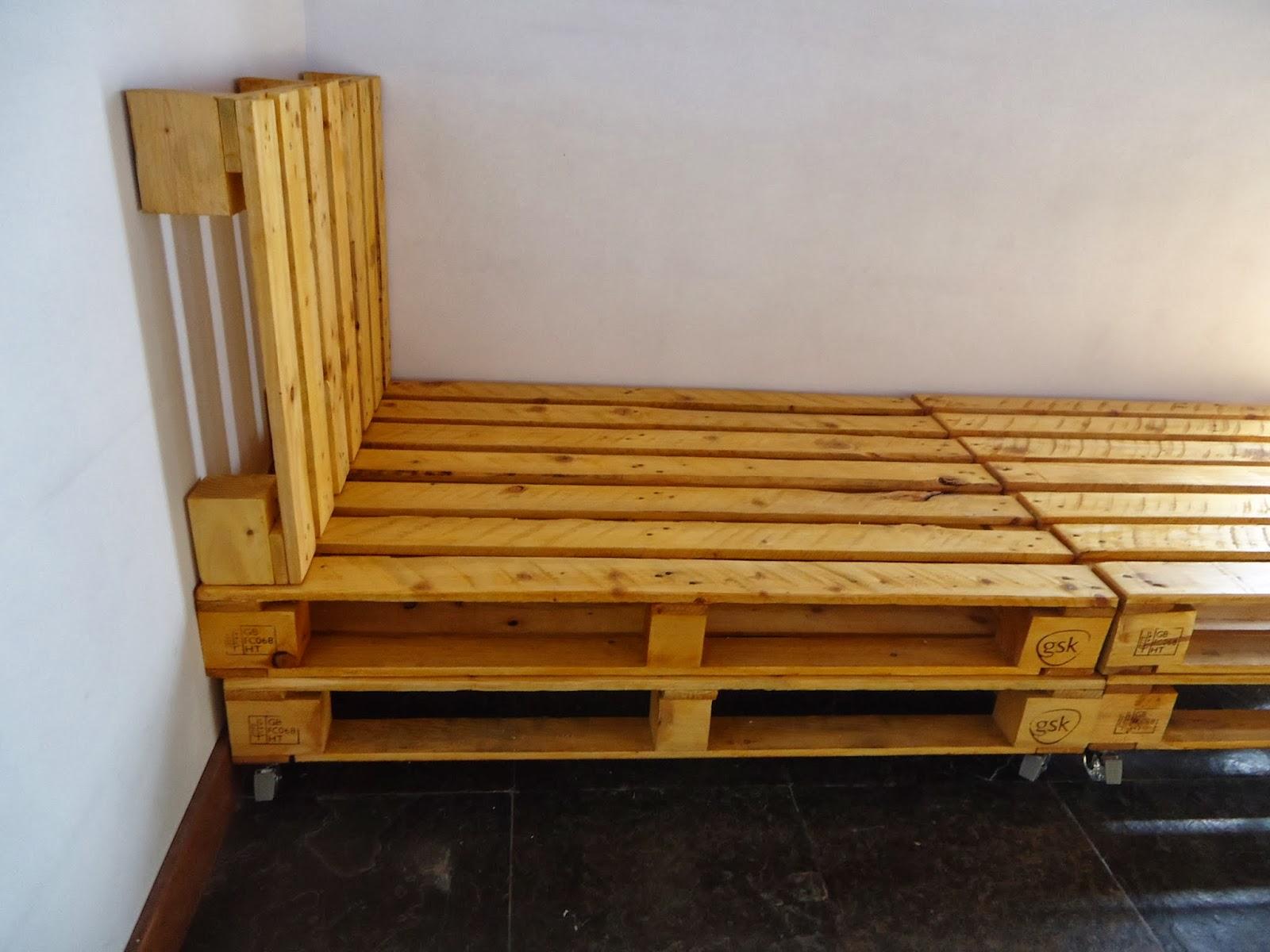 Casa com pallet cama de palete a mais procurada na casa for Cama palets