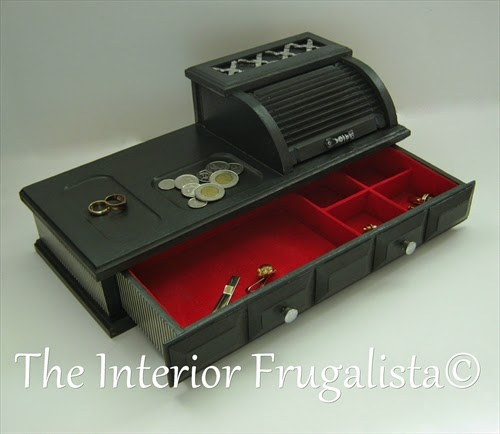 Mens valet roll top jewelry box with drawer opened