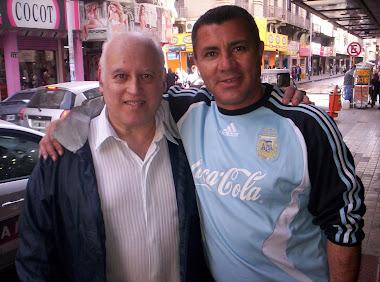 Con Carlos Enrique (Ex jugador)
