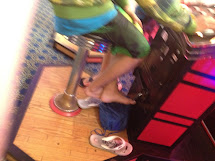 Candid Guys Feet Guy Barefoot In Amusement Arcade