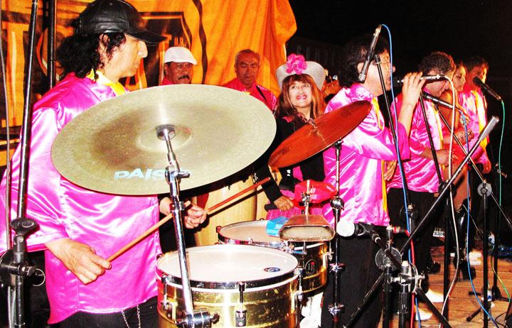 EDITH DELGADO Y su Grupo LOS DESTELLOS