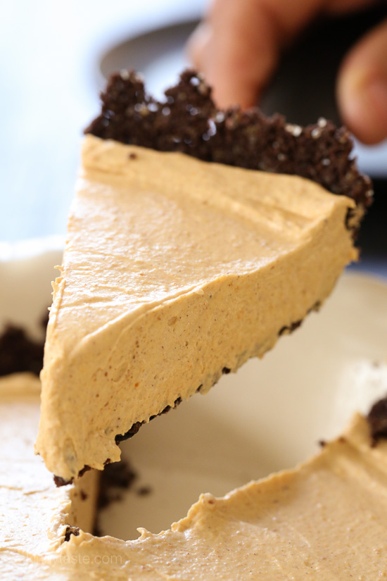 Pumpkin Spice No-Bake Cheesecake | Skinnytaste | Bloglovin'