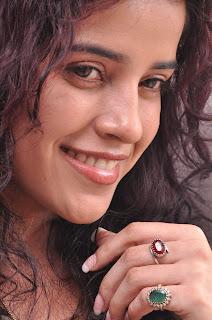 Piaa Bajpai latest Stylish Pictures 015.jpg