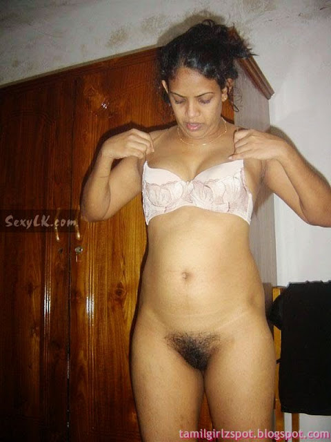 horny slipi south hot bhabhi strips naked enjoy changing   nudesibhabhi.com