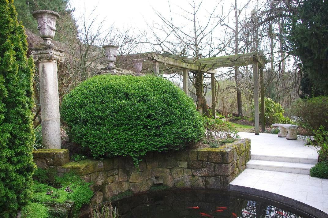 Le jardin des couronnes les jardins du gu for Au coin du jardin montville