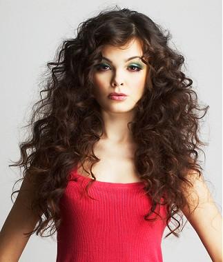 los siguientes peinados son muy lucidores para chicas con el pelo para sentirte relajada y te dar un toque distinguido y muy