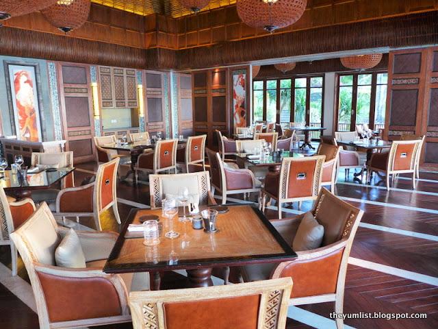 Sundara Restaurant and Bar, Dinner, Four Seasons Resort Jimbaran, Bali,