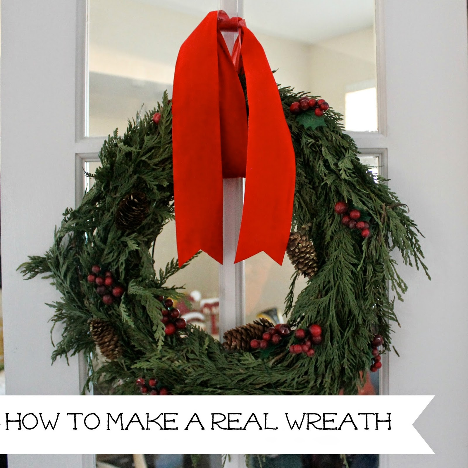 http://wonderfullymadebyleslie.blogspot.com/2013/12/making-real-christmas-wreaths.html