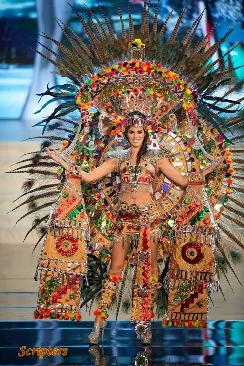 Costumes Pelik Yang Diperagakan Oleh Miss Universe