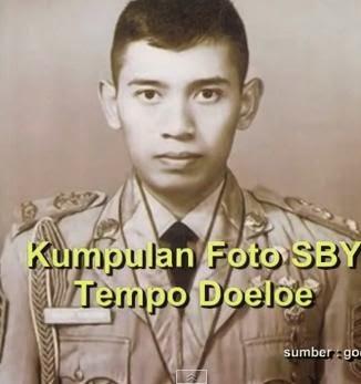 Foto SBY Menggunakan Seragam Dinas TNI
