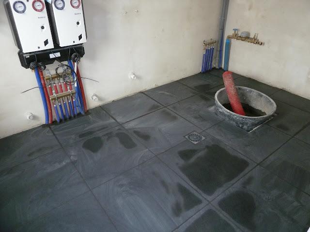 La construction de notre maison carrelage 5 for Joints de dilatation carrelage