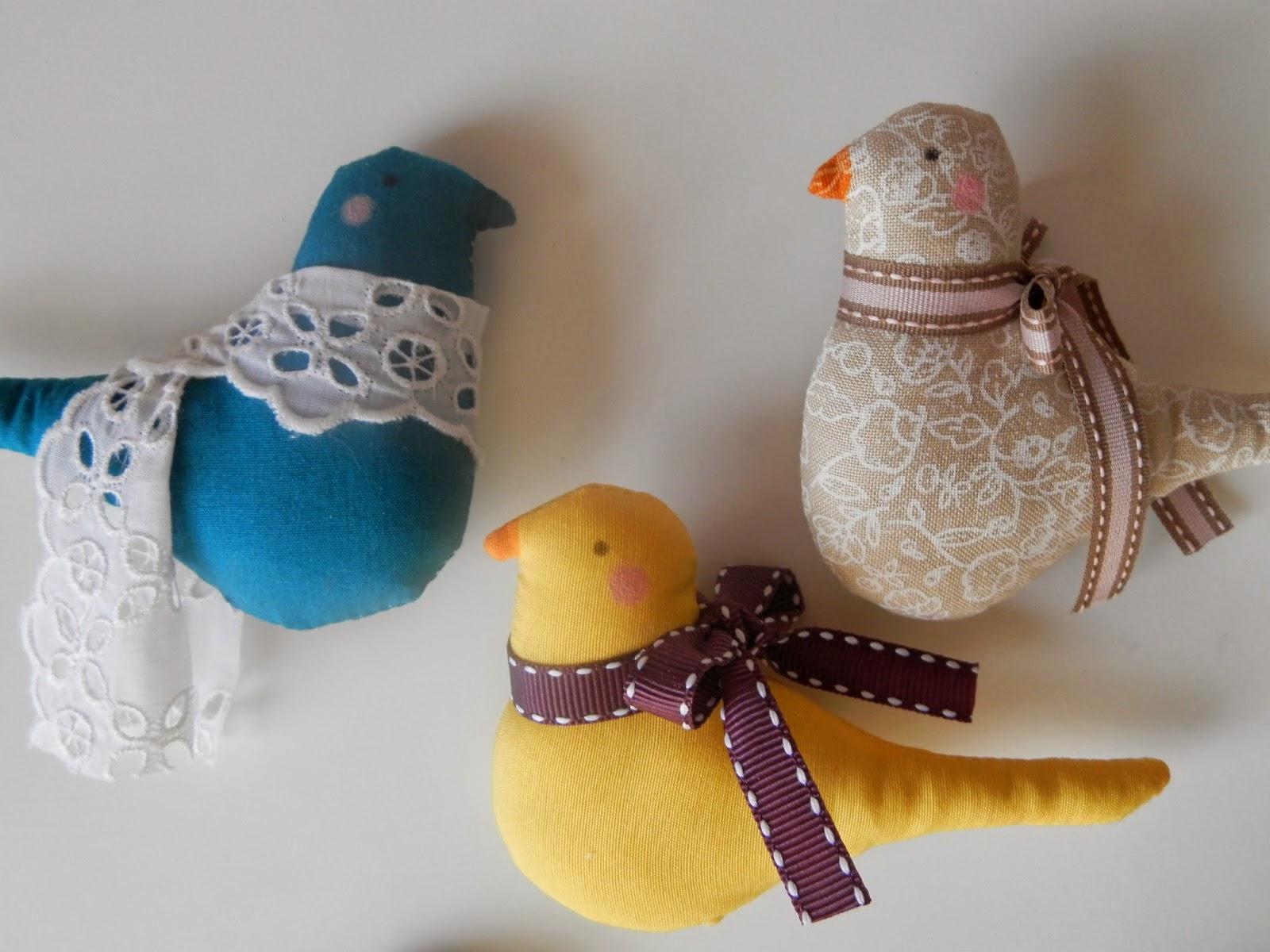 Coton et Création : oiseaux à suspendre Tilda