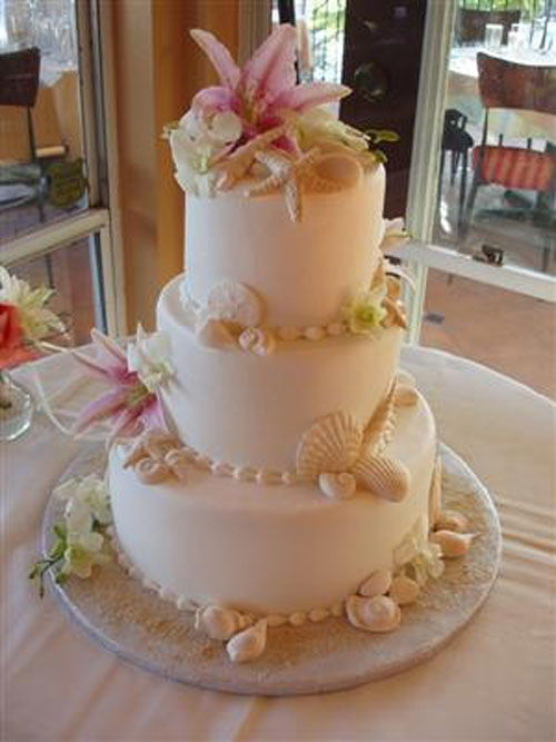 The Unique Wedding Cake With