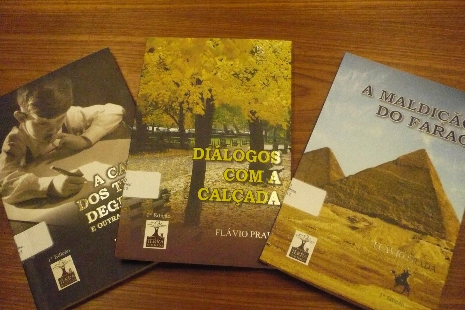 da9d6c3cb ... acervo três títulos escritos pelo professor Flávio Prada,