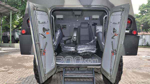 Test Drive Panser Anoa VVIP, Panser Kepresidenan Produksi PT Pindad
