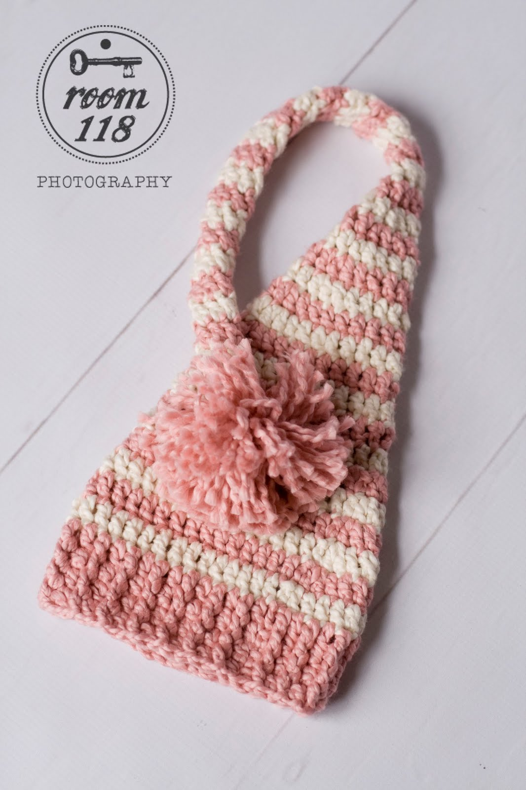 Crochet Pattern Baby Pixie Hat : Oodles4Noodles: Long Tailed Baby Elf Hat - Tutorial & Pattern