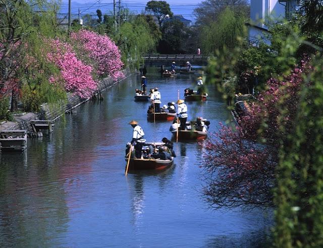 Du thuyền sông Yanagawa, vé máy bay đi fukuoka, vé máy bay đi nhật bản
