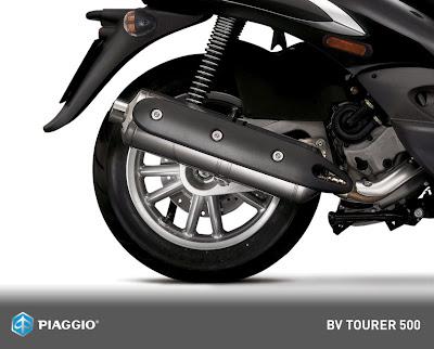 2011-Piaggio-BV-Tourer-500