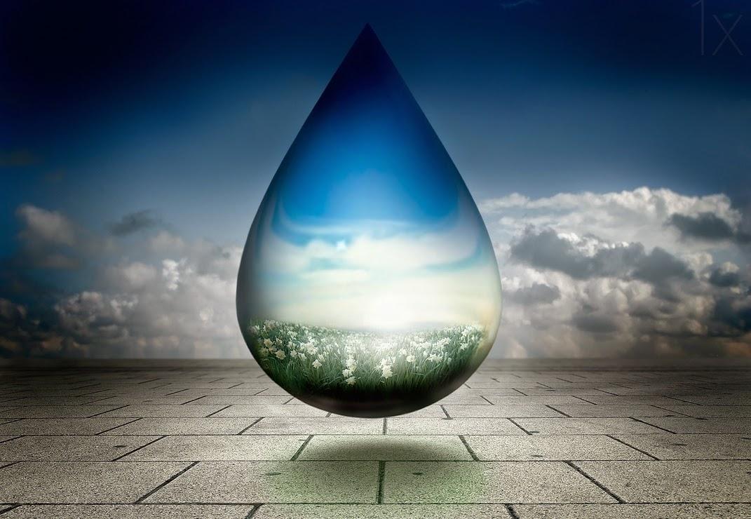12-Drop-of-Prosperity-2-Ben-Goossens-Surreal-Photos-of-everyday-Issues-www-designstack-co