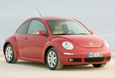 2012-Volkswagen-Beetle-Red