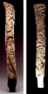fémures mayas tallados. Lacasamundo.com