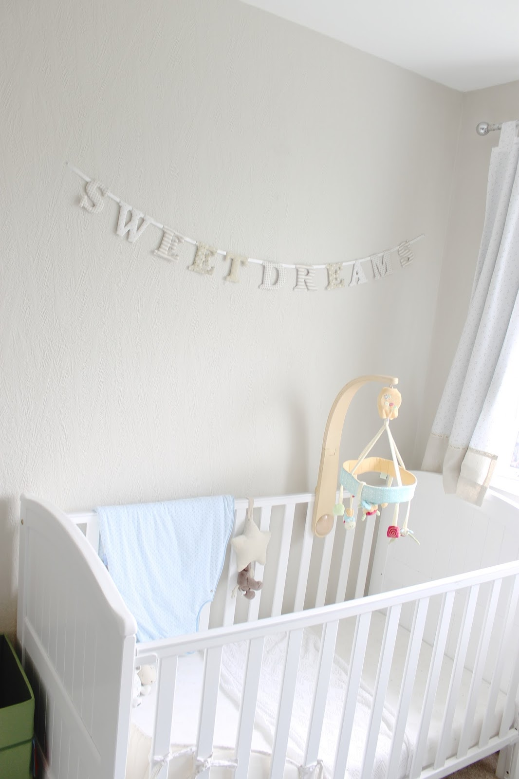 modern nursery, neutral nursery, nursery inspiration, grey-brown hemnes ikea, baby room, neutral babies room, house tour, modern decor, neutral house decor,