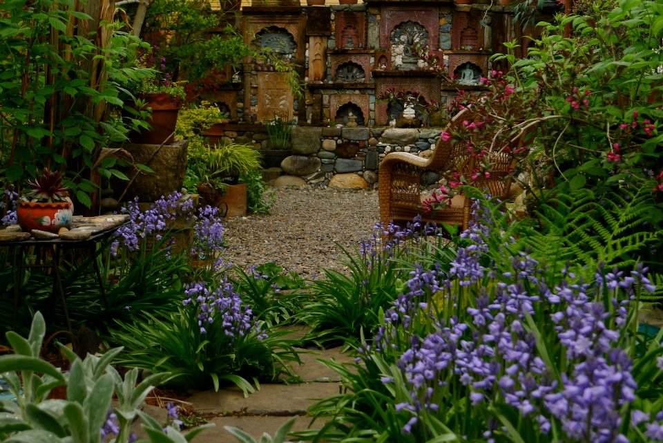 The garden boho chic gardens for Landscape my garden