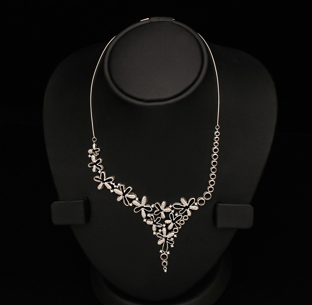 VBJ Platinum Necklace Designs
