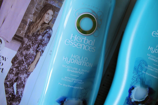 Review: Herbal Essences Hello Hydration Moisture & Shine Shampoo and Conditioner Beauty Blogger Blog