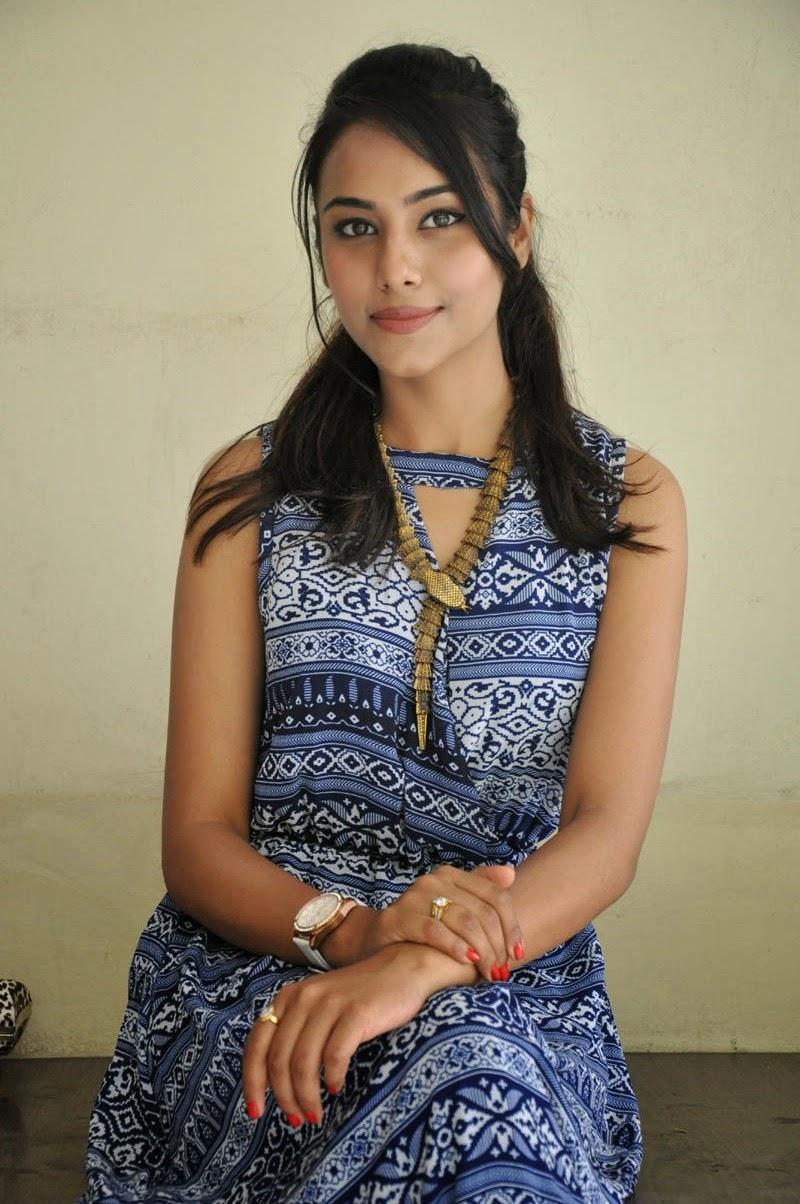 Khenisha Chandran at Jaganatakam press meet-HQ-Photo-4