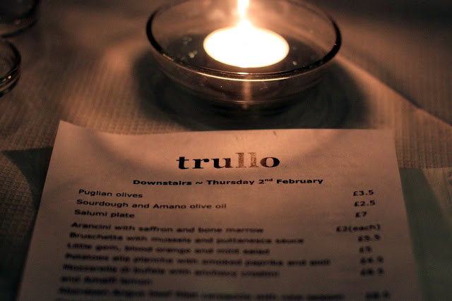 Restaurant menu at Trullo