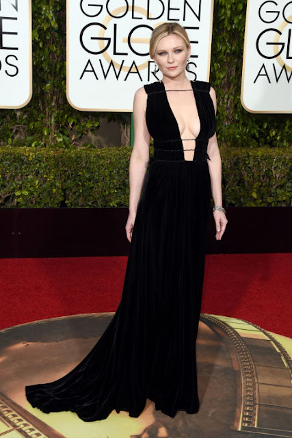 Kirsten Dunst Valentino Golden Globes 2016