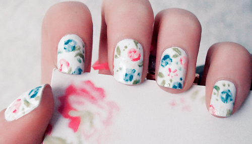 Impressive Spring Flower Nail Art Designs 500 x 286 · 114 kB · jpeg