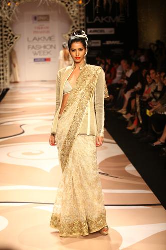 Desi Fashion: Fav Designers from Lakme Fashion Week