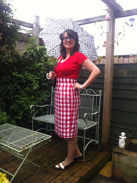 Vintage style gingham pencil skirt