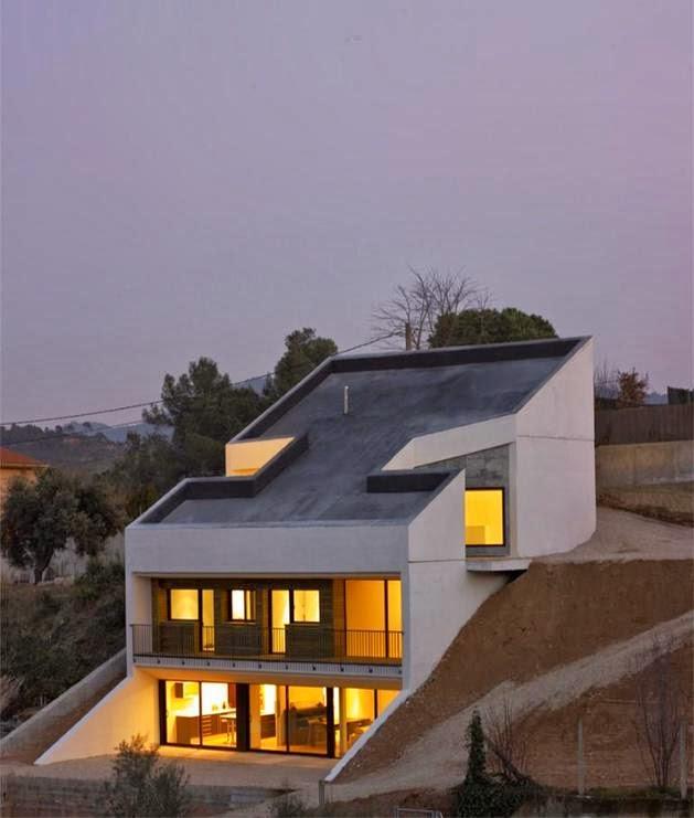 Desain Atap Rumah Miring Modern