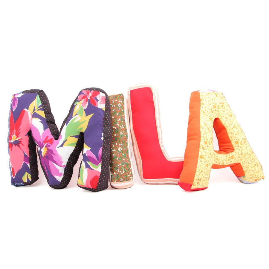 almofadas letras